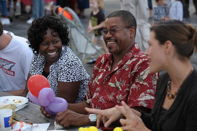 Robinson Community Learning Center block party, September 19, 2008..Photo by Matt Cashore/University of Notre Dame