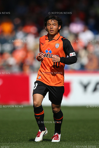 Yosuke Kawai (S-Pulse), .MARCH 9, 2013 - Football /Soccer : .2013 J.LEAGUE Division 1 .between Shimizu S-Pulse 0-5 Yokohama F.Marinos .at IAI Stadium Nihondaira, Shizuoka, Japan. .(Photo by YUTAKA/AFLO SPORT) [1040]