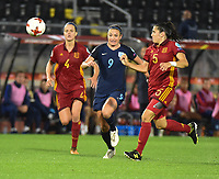 20170723 - BREDA , NETHERLANDS : English Jodie Taylor (M) with Spanish Irene Paredes (L) and Andrea Pereira (R)  pictured during the female soccer game between England and Spain  , the second game in group D at the Women's Euro 2017 , European Championship in The Netherlands 2017 , Sunday 23 th June 2017 at Stadion Rat Verlegh in Breda , The Netherlands PHOTO SPORTPIX.BE | DIRK VUYLSTEKE