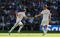 Real Madrid CF's Luka Modric and Real Madrid CF's Gareth Bale during La Liga match. Oct 05, 2019. (ALTERPHOTOS/Manu R.B.)<br /> Liga Spagna 2019/2020 <br /> Real Madrid - Grenada <br /> Foto Alterphotos / Insidefoto <br /> ITALY ONLY