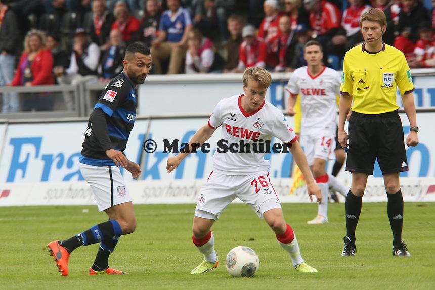 Brad Finne (Koeln) gegen Joan Oumari (FSV) - FSV Frankfurt vs. 1. FC Koeln, Frankfurter Volksbank Stadion