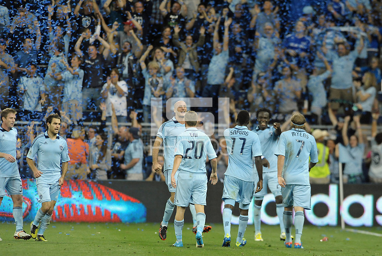 Sporting KC players celebrate the go ahead goal..Sporting Kansas City defeated Philadelphia Union 2-1 at LIVESTRONG Sporting Park, Kansas City, KS.
