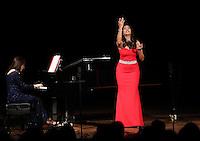 Concierto de la soprano  Neivi Martinez en la noche de gala en palacio municioal de Alamos Sonora, durante el Festival Alfonso Ortiz Tirado (FAOT2017). 25ene2017<br />  &copy;Foto: Luis Guti&eacute;rrrez