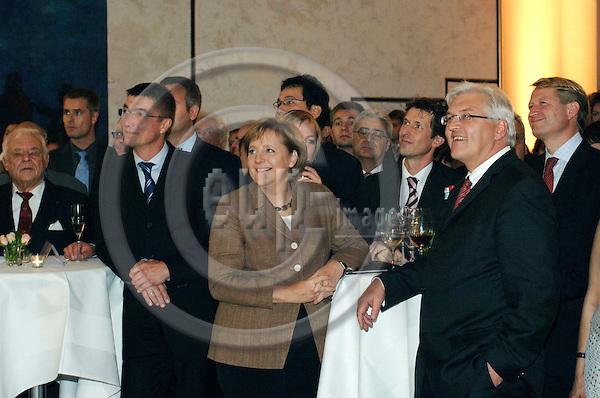 BERLIN - GERMANY 24. 10. 2006 -- German Foreign Correspondents' Association's (VAP) 100th anniversary in Berlin. German Chancellor Angela Merkel (L) and Foreign Minister Frank-Walter Steinmeier (R) -- PHOTO: GORM K. GAARE / EUP- IMAGES ..