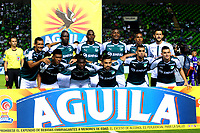 PALMIRA - COLOMBIA - 14 - 03 - 2018: Los jugadores de Deportivo Cali, posan para una foto, durante partido entre Deportivo Cali y Once Caldas de la fecha 8 por la liga Aguila I 2018, jugado en el estadio Deportivo Cali (Palmaseca) en la ciudad de Palmira. / The players of Deportivo Cali, pose for a photo, during a match between Deportivo Cali and Once Caldas of the 8th date for the Liga Aguila I 2018, at the Deportivo Cali (Palmaseca) stadium in Palmira city. Photo: VizzorImage  / Nelson Rios / Cont.