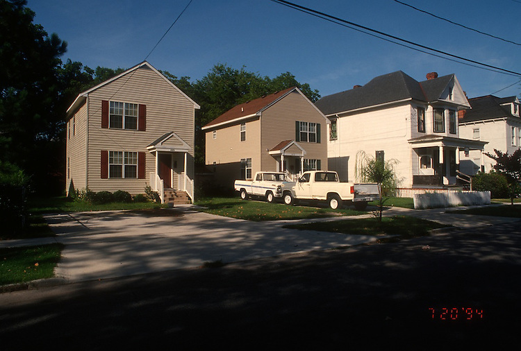 1994 July 20..Conservation.Park Place..HABITAT FOR HUMANITY HOMES.409 & 413 WEST 29TH STREET...NEG#.NRHA#..