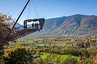 Italien, Suedtirol, Meran: Schloss Trautmannsdorf, Aussichtsplattform, Botanischer Garten, Park   Italy, South Tyrol (Alto Adige-Trentino), Merano: Castle Trautmannsdorf, Botanical Garden, Park, viewing platform