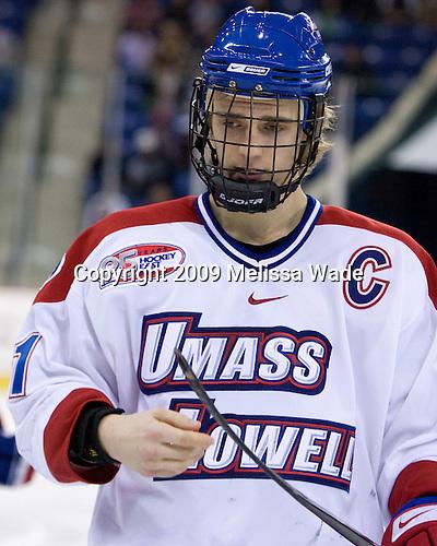 Ben Holmstrom (UMass-Lowell - 21) - The Northeastern University Huskies defeated the University of Massachusetts-Lowell Riverhawks 3-1 on Saturday, February 28, 2009, at the Paul E. Tsongas Arena in Lowell, Massachusetts.
