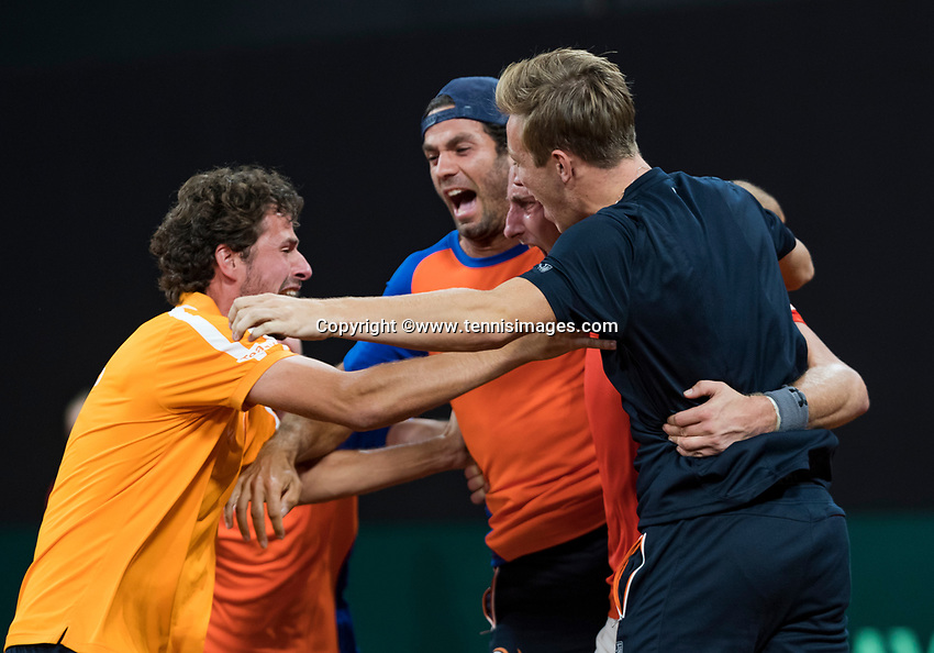 The Hague, The Netherlands, September 17, 2017,  Sportcampus , Davis Cup Netherlands - Chech Republic, Fifth match : The Dutch team celebrate their victory Ltr: Robin Haase, Jean-Julien Rojer, Thiemo de Bakker  and Tallon Griekspoor<br /> Photo: Tennisimages/Henk Koster