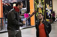 SAO PAULO, SP, 07.07.2017 - ANIME-FRIENDS - Movimentação de publico geek vestidos Cosplays durante do maior evento de cultura pop japonesa do Brasil o Anime Friends no Expo Transamérica, zona sul de São Paulo nesta sexta-feira, 07 (Foto: Fabricio Bomjardim / Brazil Photo Press)