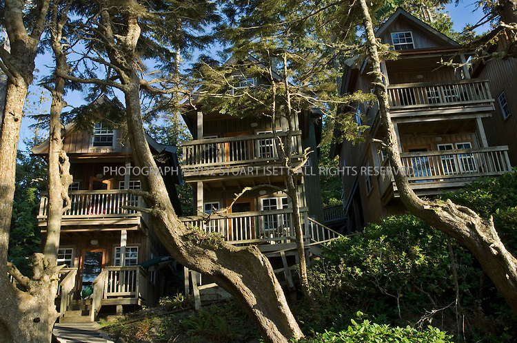 9/26/2006--Ucluelet, British Columbia, Canada...Terrace Beach Resort?s ocean-side cabins, owned by actor Jason Priestly...Photograph By Stuart Isett.All photographs ©2006 Stuart Isett.All rights reserved.