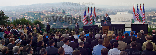 US president George W Bush delivers his speach during his official visit to Hungary. Thursday, 22. June 2006. ATTILA VOLGYI