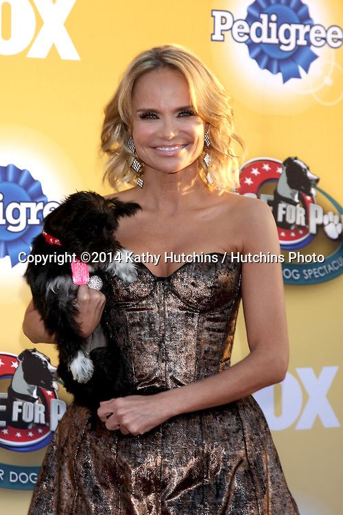 """LOS ANGELES - NOV 22:  Kristen Chenoweth at the FOX's """"Cause for Paws:  All-Star Dog Spectacular"""" at the Barker Hanger on November 22, 2014 in Santa Monica, CA"""