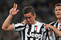 Esultanza dopo il gol di Simone Padoin Juventus, Goal Celebration, Torino 5-5-2014, Juventus Stadium, Football Calcio 2013/2014 Serie A, Juventus - Atalanta, Foto Marco Bertorello/Insidefoto