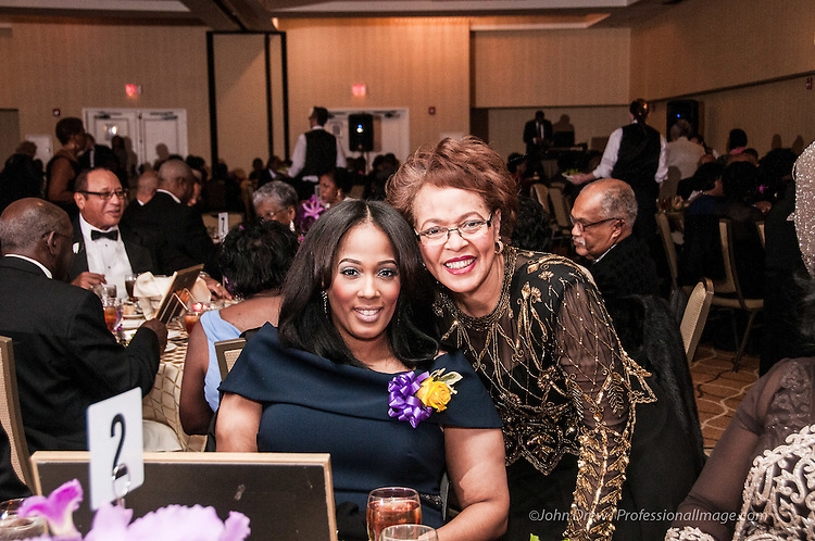 Shiloh Baptist Church Alexandria held its Installation Gala honoring it new Pastor, Reverend Taft Quincey Heatley at The Holiday Inn Old Town Alexandria l 2016 &copy; John Drew<br /> <br /> Professional Image LLC | www.professionalimage.com 202 635-8801