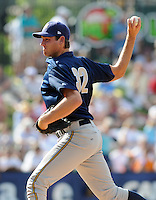 May 31, 2009: RHP Dan Kapala (32) of the Charleston RiverDogs, Class A affiliate of the New York Yankees, in a game against the Greenville Drive at Fluor Field at the West End in Greenville, S.C. Photo by: Tom Priddy/Four Seam Images