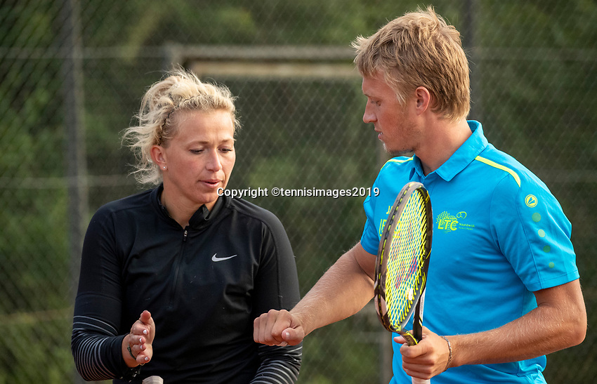 Zandvoort, Netherlands, 8 June, 2019, Tennis, Play-Offs Competition, Mixed doubles: Michaëlla Krajicek/Jelle Sels<br /> Photo: Henk Koster/tennisimages.com