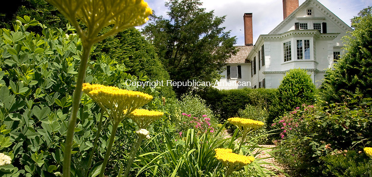(For Countrylife Use Only) (Banner Photo)<br /> BETHLEHEM, CT. 26 June 2011-062611SV10--The flower garden at the Bellamy-Ferriday house in Bethlehem Sunday.<br /> Steven Valenti Republican-American