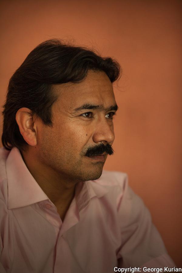 Waheed Warasta, Afghan poet