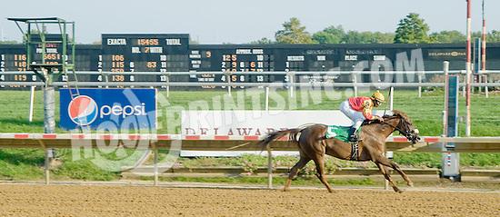Wycked winning at Delaware Park on 9/22/12
