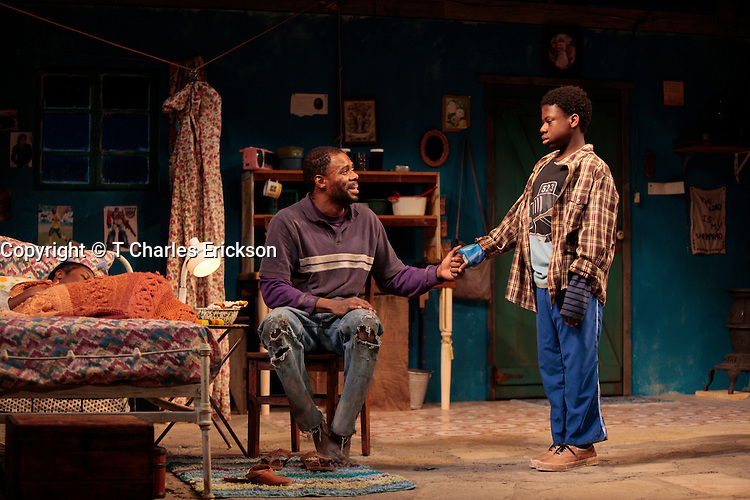 Coming Home, a world premiere by Athol Fugard, directed by Gordon Edelstein at the Long Wharf Theatre 1/14-2/8/09.Set Design: Eugene Lee.Lighting Design: Stephen Strawbridge.Costume Design: Jessica Ford..© T Charles Erickson Photography.tcepix@comcast.net.View More Photos at My Photoshelter.com Page.http://pa.photoshelter.com/c/tcharleserickson