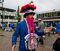 LOUISVILLE, KY - MAY 06: A man sports a hat and beard on Kentucky Derby Day at Churchill Downs on May 6, 2017 in Louisville, Kentucky. (Photo by Jesse Caris/Eclipse Sportswire/Getty Images)