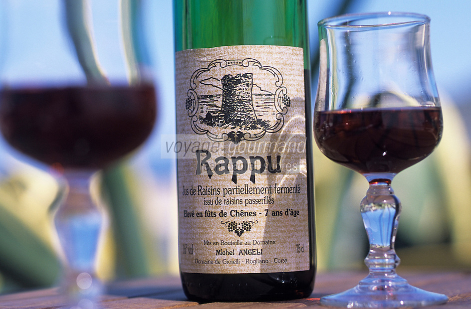 Europe/France/Corse/2B/Haute-Corse/Cap Corse/Centuri: Rappu, apéritif du Cap Corse, jus de raisin partiellement fermenté