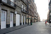 Empty streets in Mexico City's center as a result of the Swine Flu outbreak. Daily life in Mexico City during the outbreak of the Swine Flu.