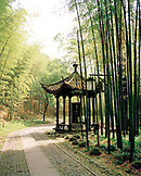 CHINA, Hangzhou, historic temple in bamboo forest, Mejai Wu