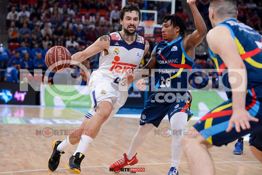 Real Madrid's Sergio Llull and Morabanc Andorra's Andrew Albicy during Quarter Finals match of 2017 King's Cup at Fernando Buesa Arena in Vitoria, Spain. February 16, 2017. (ALTERPHOTOS/BorjaB.Hojas) /Nortephoto.com