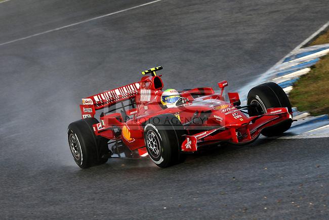 ©Jean-Francois Galeron/WRI2/TEAMSHOOT - Jerez de la Frontera Spain 14/01/2008 ; Jerez F1 Test 14-17/01/08 ; Felipe Massa (BRE), Scuderia Ferrari. Circuito de Jerez.....***************************************..GERMANY, AUSTRALIA, FINLAND,..ITALY and SWITZERLAND OUT..***************************************..© MaxPPP / IPS PHOTO AGENCY ..ONLY UK..FOR ANY INFO'S PLEASE CONTACT:..IPS photo..21 Delisle rd.. London SE28 0JD..TEL 004420883310207..FAX 00442088551037..Mob: 00447973308835....ONLY UK ONLY UK ONLY UK ONLY UK ..