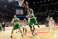 Real Madrid's player Dontaye Draper and Unics Kazan's player Artsiom Parakhouski and Keith Langford during match of Turkish Airlines Euroleague at Barclaycard Center in Madrid. November 24, Spain. 2016. (ALTERPHOTOS/BorjaB.Hojas) //NORTEPHOTO