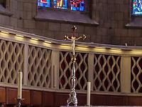 Hauptaltar in der gotischen Kathedrale Notre Dame, Luxemburg-City, Luxemburg, Europa, UNESCO-Weltkulturerbe<br /> Main altar, Gothic cathedral Notre Dame, Luxembourg, Luxembourg City, Europe, UNESCO world heritage