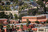 Vista panor&aacute;mica de edificios:  Rector&iacute;a de la Universidad de Sonora, Centro de las Artes, Bulevar Luis Encinas, Puente Peatonal, Liverpool, Cinemex , museo y Biblioteca de la unison, <br />  27FEB2018 (Foto:Luis Gutierrez/NortePhoto.com)<br /> ....<br /> ....<br /> pclaves: Calle, panoramica, educacion, ciudad, capital, urbe, modernidad, c&eacute;ntrico, Arquitectura, ara, arquitect&oacute;nico, plano de la ciudad, trazo de la ciudad, trafico, congestionamiento vial, crecimiento, tiempo, progreso, capital de sonora, Sonora, Hermosillo, Mexico, d&iacute;a, luz de d&iacute;a, fachada,2018,