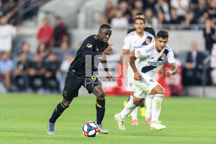 Los Angeles, CA - August 25, 2019.  LAFC and the Los Angeles Galaxy played to a 3-3 draw in a MLS match at Banc of California stadium in Los Angeles.
