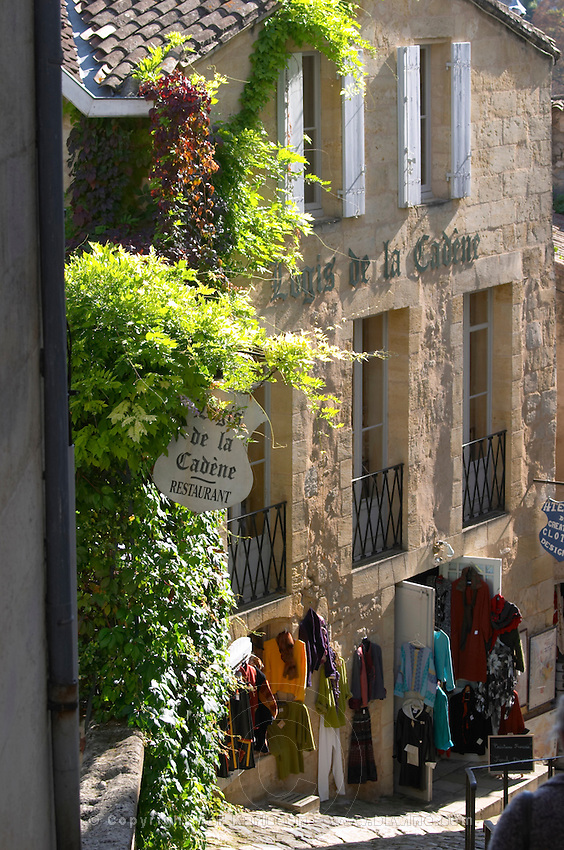 gift and souvenir shop saint emilion bordeaux france