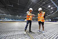 SCHAATSEN: HEERENVEEN: IJsstadion Thialf, 2015, Ver(nieuw)bouw, Beert Boomsma, Sjinkie Knegt, ©foto Martin de Jong