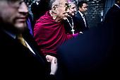 Wroclaw 09.12.2008 Poland.His Holiness XIV Dalai Lama in front of synagogue..Continuing his tour of Poland, The Dalai Lama has visited discrit of the four temple in the south-western city of Wroclaw. At synagogue His Holiness has met with Wroclaw's head representatives of Judaism (left - rabbi Izaak Rapaport) and Catholicism (right - Edward Janiak). Tomorrow, the Dalai Lama will receive the honorary citizenship of Wroclaw, before going to Warsaw in the afternoon..Photo: Adam Lach / Napo Images..Jego Swiatobliwosc XIV Dalajlama przed synagoga..Kontynuujac swoja podroz po Polsce, Dalajlama odwiedzil dzielnice czterech swiatyn we Wroclawiu. Jego Swiatobliwosc spotkal sie z wroclawskimi przedstawicielami judaizmu (z lewej - rabin Izaak Rapaport) i katolicyzmu (z prawej - Edward Janiak). Nastepnego dnia Dalajlama zanim wybierze sie do Warszawy, otrzyma honorowe obywatelstwo Wroclawia..Fot. Adam Lach / Napo Images