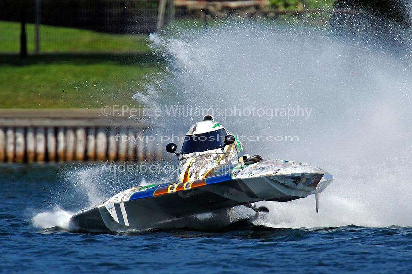 "Mathieu Lemelin, CS-7 ""Lemelin Racing"" (2.5 Litre Stock hydroplane(s)"