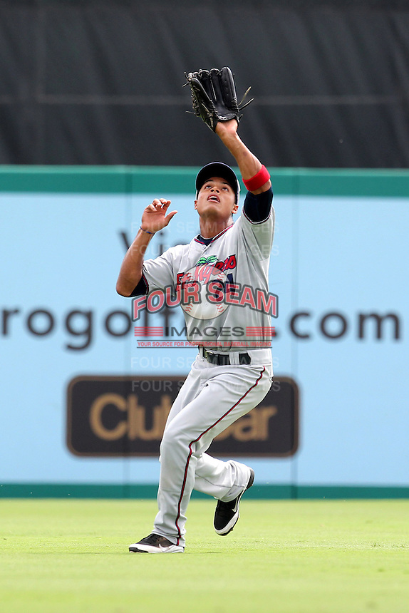 Fort Myers Miracle outfielder Angel Morales #24 during a game against the Palm Beach Cardinals at Roger Dean Stadium on May 3, 2012 in Jupiter, Florida.  Palm Beach defeated Fort Myers 5-0.  (Mike Janes/Four Seam Images)