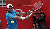BOGOTA- COLOMBIA 24-07-2015: Malek Jaziri de Tunez, devuelve la bola a Adrian Mannarino de Francia, durante partido del ATP Claro Open Colombia de Tenis en las canchas del Centro de Alto rendimiento en Altura en la ciudad de Bogota. / Malek Jaziri of  Tunisia returns the ball to Adrian Mannarino of France during a match to the ATP Claro Open Colombia of Tennis in the courts of the High Performance Center in Altura in Bogota City. Photo: VizzorImage / Luis Ramirez / Staff.