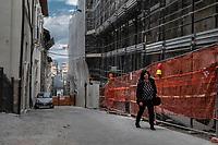 L'Aquila, April 3, 2019. A 10 anni esatti dal terribile terremoto che ha colpito L'Aquila, la città è ancora piena di gru e impalcature ma desolatamente priva di quella vita che la aveva caratterizzata nel tempo.<br /> 10 years after the earthquake that struck the area around L'Aquila, the city is still full of cranes and scaffolding but its historical center deserted