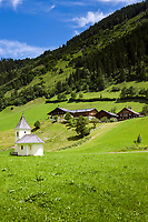 Oesterreich, Salzburger Land, Pongau, bei Grossarl: die Bichlkapelle, erbaut 17. Jh, liegt am Kapellen-Wanderweg im Grossarltal | Austria, Salzburger Land, region Pongau, near Grossarl: chapel Bichlkapelle, built 17th century, on Chapel-Hiking-Trail at valley Grossarltal