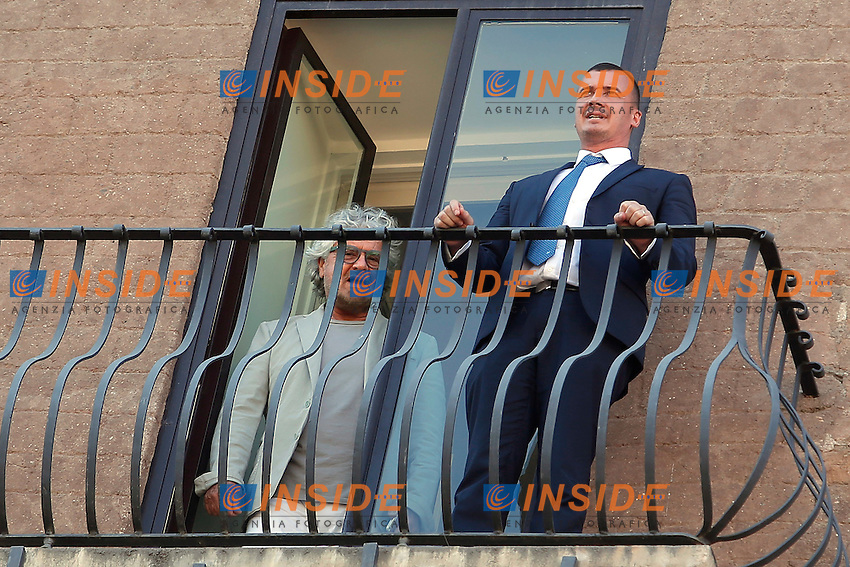Beppe Grillo e Rocco Casalino<br /> Roma 12-07-2016 Campidoglio, Beppe Grillo si affaccia al balcone durante il suo incontro con la Sindaca di Roma.<br /> Beppe Grilo look out from the balcony of Campidoglio during the meeting with the newly elected mayor of Rome<br /> Photo Samantha Zucchi Insidefoto