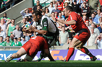 Twickenham, GREAT BRITAIN, Exiles', Tonga LEA'AETOA, look's the lay the ball off, during the Heineken, Semi Final, Cup Rugby Match,  London Irish vs Toulouse, at the Twickenham Stadium on Sat 26.04.2008 [Photo, Peter Spurrier/Intersport-images]