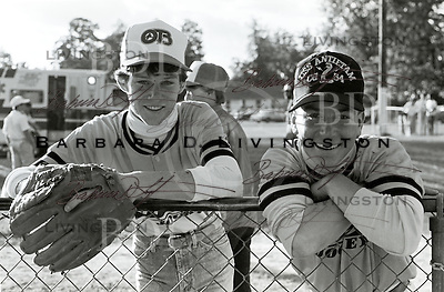 Chris Antley and Declan Murphy, jockeys, during a Saratoga jockeys' game, 1988.
