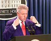 United States President Bill Clinton makes a statement on the collapse of the Middle East Summit at Camp David at the White House in Washington, DC on Tuesday, July 25, 2000..Credit: Ron Sachs / CNP