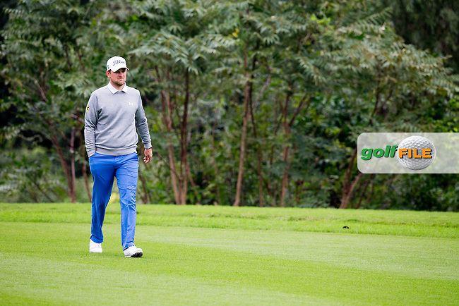 Bernd Wiesberger (AUT) on the 2nd during round 2 at the WGC-HSBC Champions, Sheshan International GC, Shanghai, China PR.  28/10/2016<br /> Picture: Golffile | Fran Caffrey<br /> <br /> <br /> All photo usage must carry mandatory copyright credit (&copy; Golffile | Fran Caffrey)