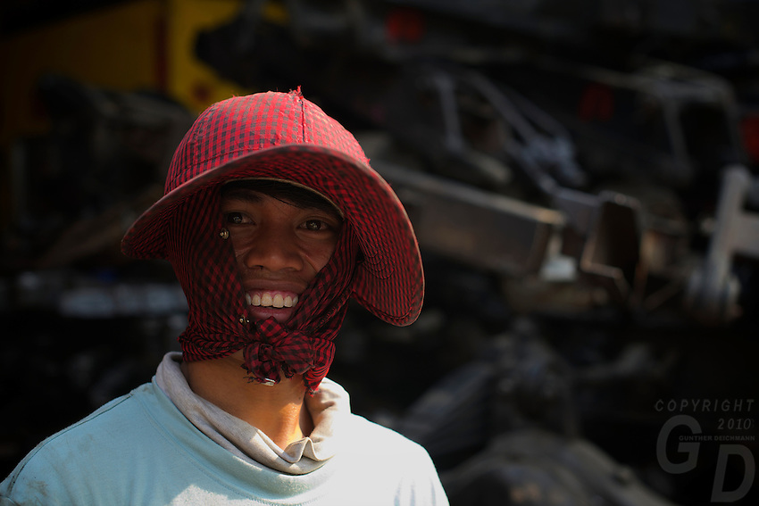 Phnom Penh generic, people at work, Cambodia