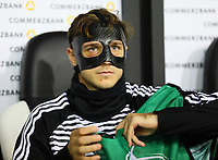 Niklas Stark (Deutschland Germany) mit Maske - 16.11.2019: Deutschland vs. Weißrussland, Borussia Park Mönchengladbach, EM-Qualifikation DISCLAIMER: DFB regulations prohibit any use of photographs as image sequences and/or quasi-video.